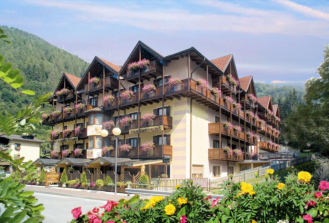 Hotel Monte Giner - latem
